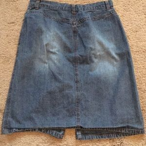 "Nice Pre-Owned ""Faded Glory"" Denim Blue Jean Skirt"